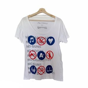 Altru White No Vice Graphic Tee Shirt S